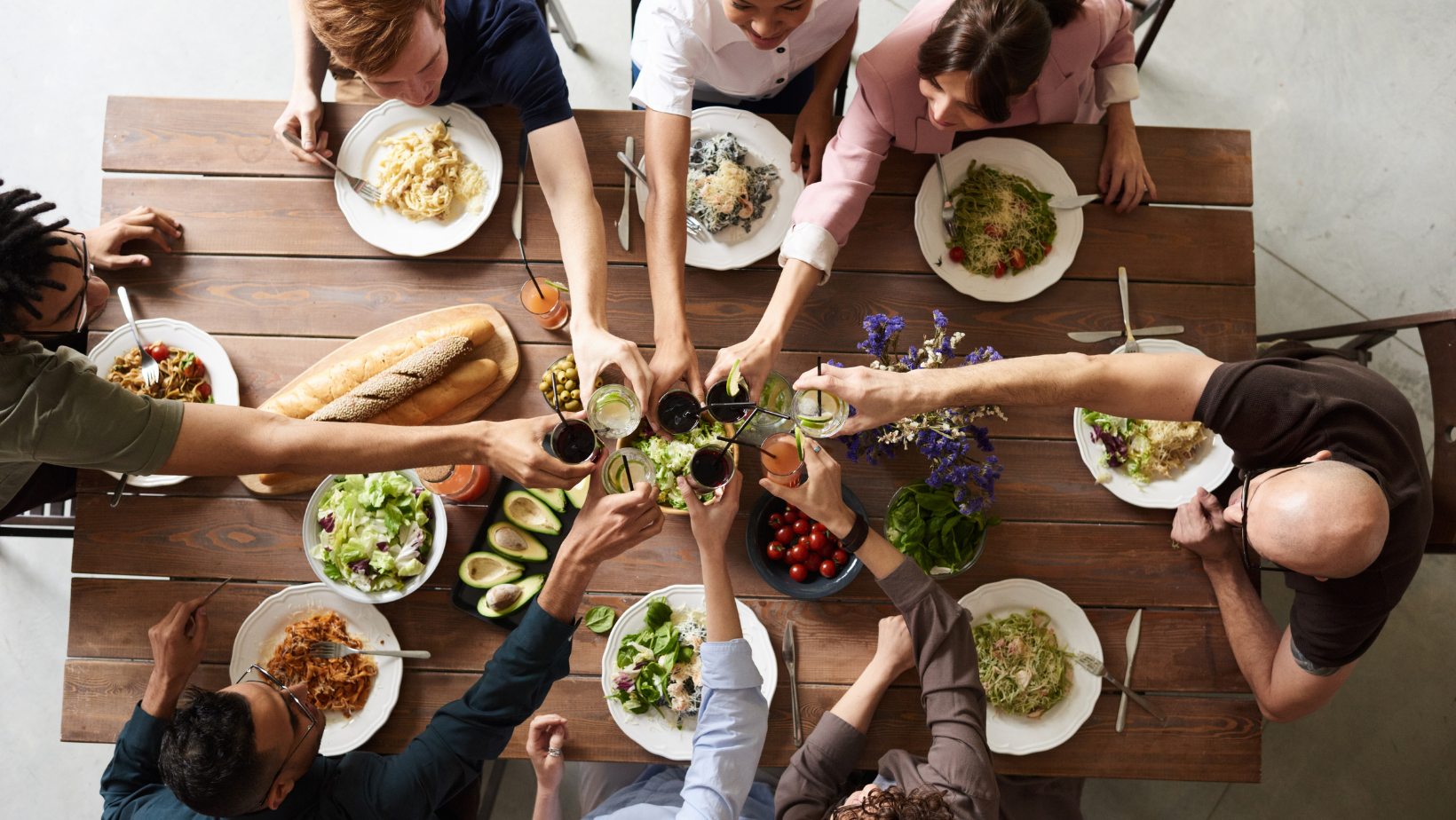 The 10 Commandments of Dinner Parties (from an anxious hostess)